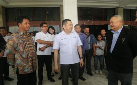 Tv Di Palembang Hary Tanoesoedibjo Tinjau Lokasi Pembangunan Sirkuit Motogp Dan F1 Di Palembang Okezone Sports