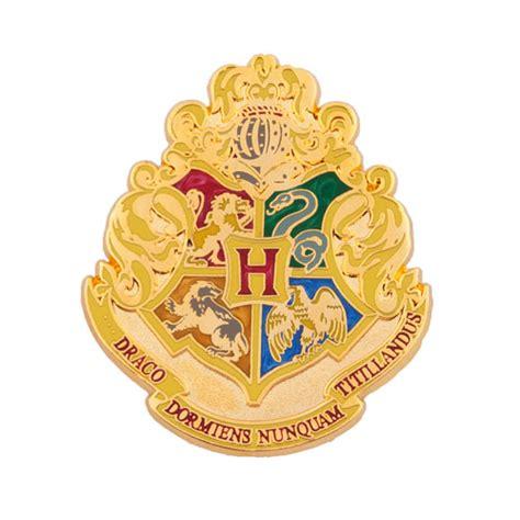 large hogwarts crest pin universal orlando