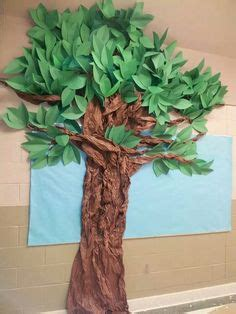 How To Make A Tree Out Of Construction Paper - my class crafts bulletin boards and on