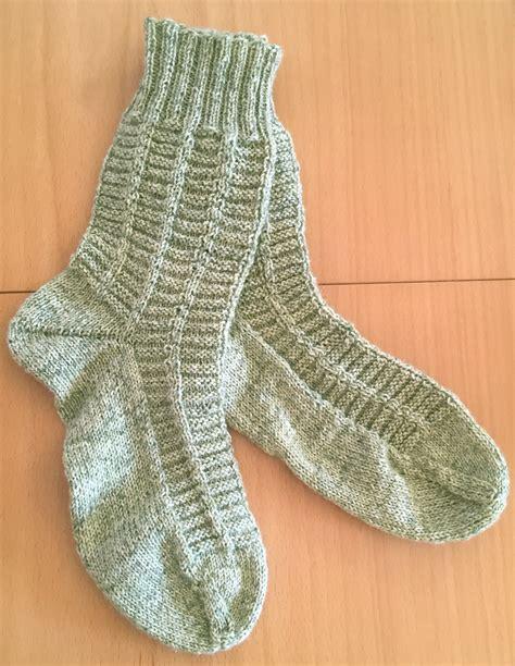 Socken Stricken Anleitung by Treppenhaus Socken Strick Ideen