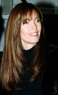 hair style angled toward carol alt long haircut angled on the sides and falling