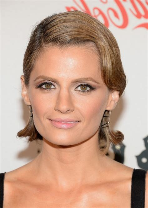 Stana Katic Hairstyles by Stana Katic Finger Wave Hairstyle For Faces Styles