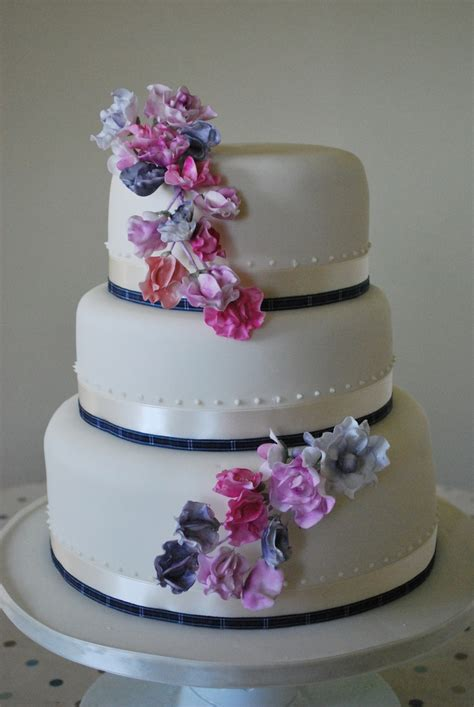 Sweet Pea Cake Decorations by Sweet Pea Wedding Cake Cakecentral
