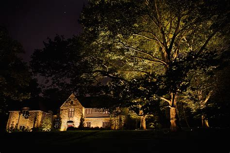 Landscape Lighting Service Led Vs Halogen Landscape Lighting Garrett Churchill Inc