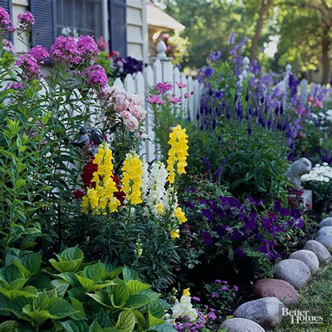 Top Backyard Country Gardens Best Flowers For The Garden