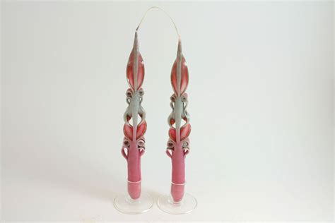 candele intagliate coppia di candele lunghe intagliate rosa candele shop