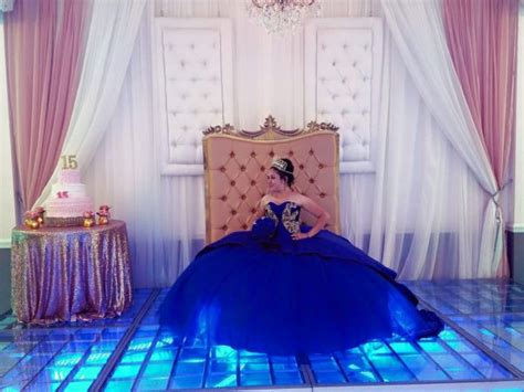 8 ways to make your quinceanera head table stand out