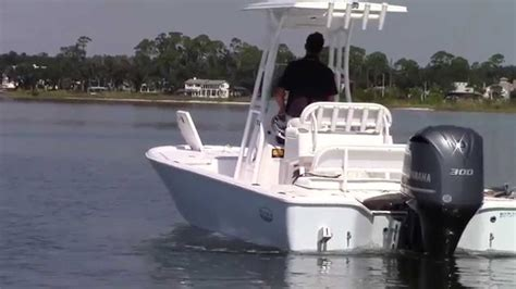 anchor your boat how to properly anchor your boat with 2 anchors youtube