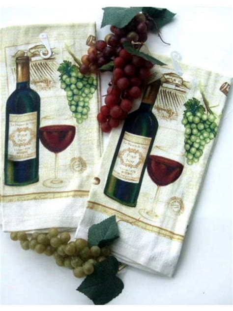 Wine Kitchen Towels by Wine And Grapes Kitchen Towels Set Of 2