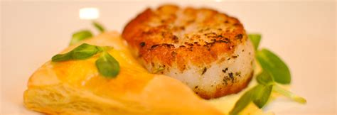 Tv Dinner No Reservations Scallops With Saffron Sauce by Dinner La Foret