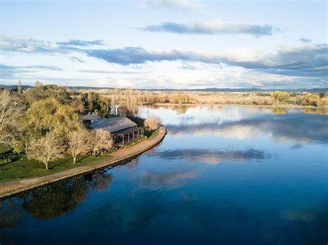 the boat house barton act suburb spotlight top 5 things to do in barton canberra