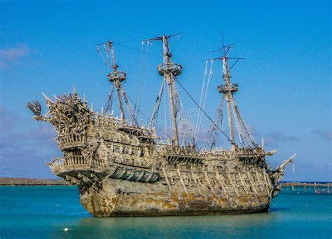 l olandese volante nomadi laguna dei cays naufrago di disney dell olandese