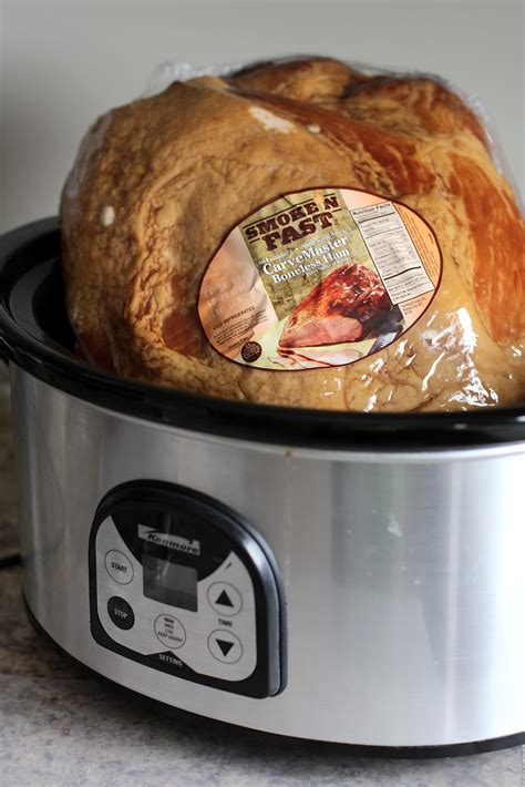 cooking your holiday ham in the crock pot butter with a side of bread