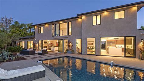 Khloe Kardashian Home Interior scott disick s new 5 bedroom beverly hills bachelor pad