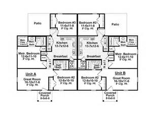 multi family house plans duplex duplex house plans one story multi family home plan