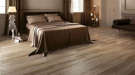 piastrelle per casa pavimenti in gres porcellanato effetto legno piastrelle