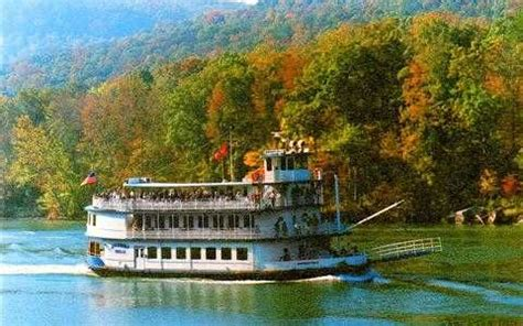chattanooga paddle boat chattanooga riverboat in and around my town pinterest