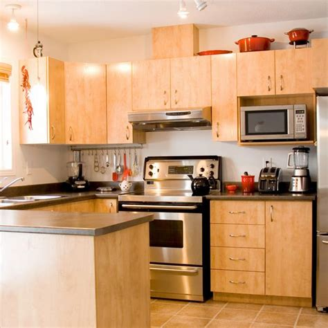 Easy Way To Clean Kitchen Cabinets How To Make Your Cabinets Look Like New With Simple Green Cleaning Tips Room
