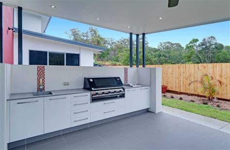 kitchen cabinets brisbane 25 best ideas about modern outdoor kitchen on pinterest