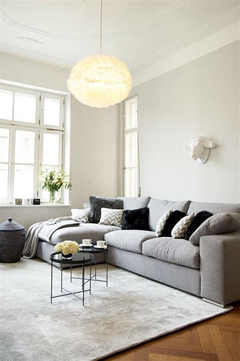 grauer teppich läufer consejos para no fallar al decorar salones modernos