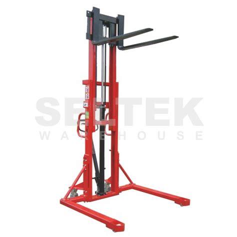 Liftrer Stacker Manual 1000 pallet stacker 1000kg straddle base and adjustable forks