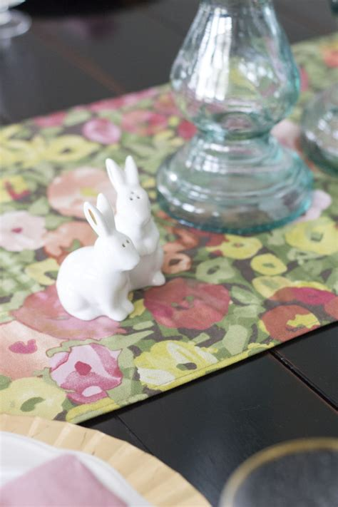 Table Setting for Easter! Perfect for Spring; Light and Airy!