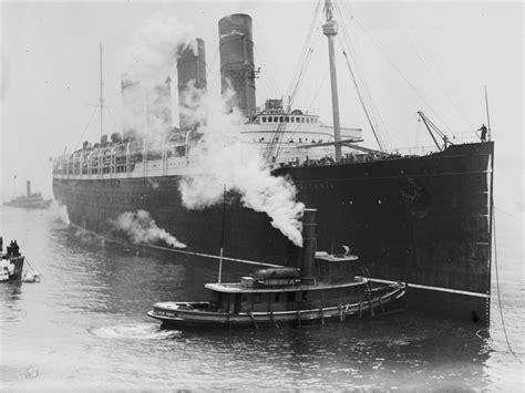 ww1 sinking of the lusitania into port the lusitania disaster pictures cbs news