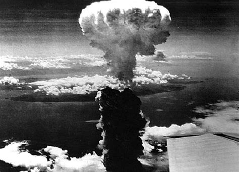 http www current the hiroshima photographs ground zero 1945 overwhelming