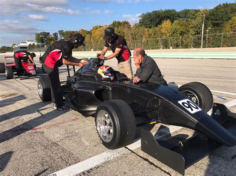formula mazda chassis 100 formula mazda chassis indy lights debut for