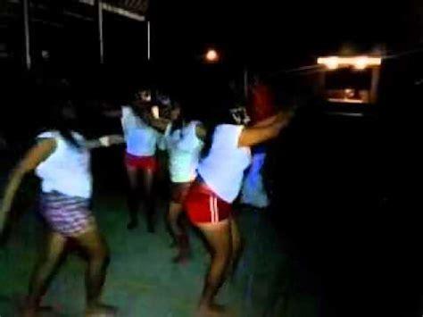 chicas en la playa youtube jiricua y las chicas jiricuas bailando triball en playa
