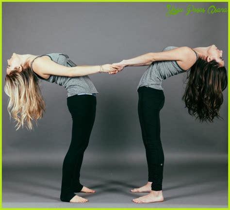 424152 yoga easy yoga zum 4 easy partner yoga poses to boost intimacy easy yoga