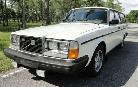 volvo   glt turbo  speed manual wagon sunroof  mile original  sale