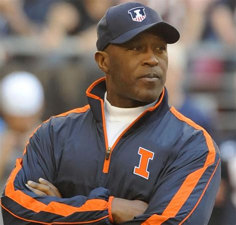 lovie smith to become buccaneers head coach reportsbest montreal wisch list chronicling chicago daily