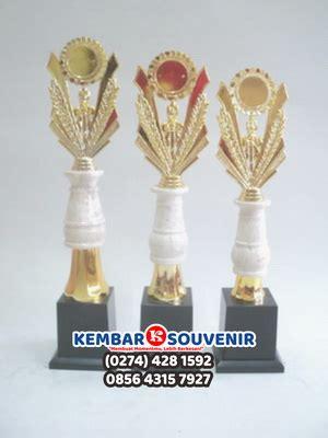 Harga Piala Kaki 4 by Harga Piala Marmer Harga Piala Lomba Kaki 4