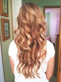 curls on