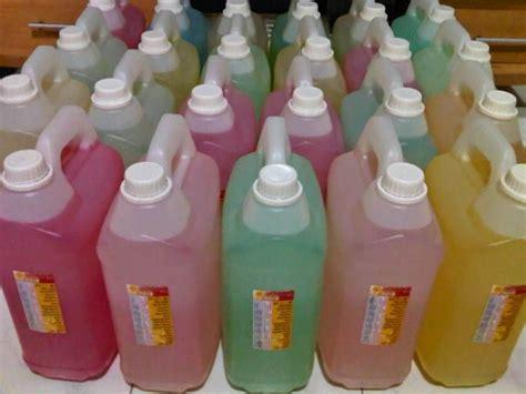 Pewangi Buat Laundry jual parfum laundry literan murah hubungi 082117272895