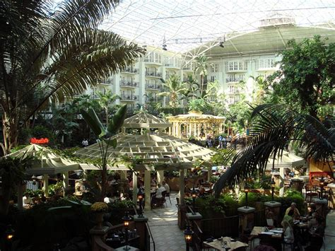 Gaylord opryland hotel and