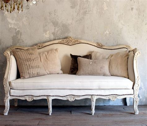 vintage looking sofas 28 best images about french sofa on pinterest vintage