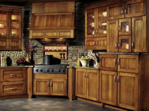 knotty hickory kitchen cabinets 17 best ideas about hickory cabinets on pinterest rustic