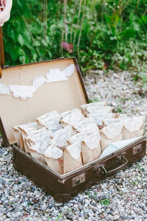 Best 25  Vintage wedding favors ideas on Pinterest