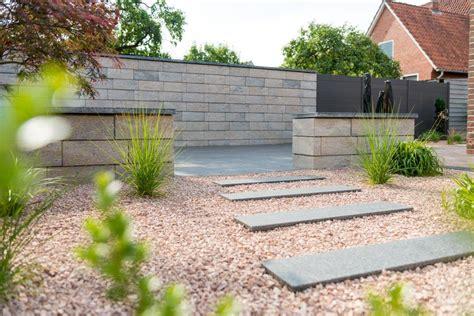 gartenmauer modern moderne design gartenmauer einfach setzen neuigkeiten