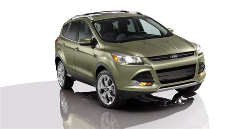 ford escape   focus st recalled  fix electrical glitch linked  stalling