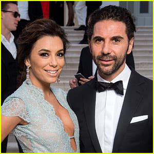 Longoria Gets Personal About Wedding by Longoria S Husband Jos 233 Bast 243 N Joins In Cannes To