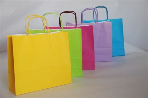 How To Make A Bag Out Of Construction Paper -