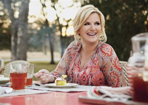 in the kitchen country song trisha yearwood s sings comfort food s praises ny daily news