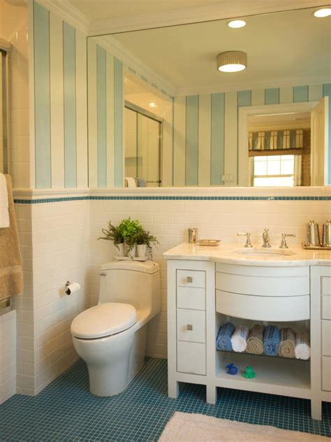 desain kamar mandi warna cerah enam contoh desain kamar mandi anak rumah dan gaya hidup