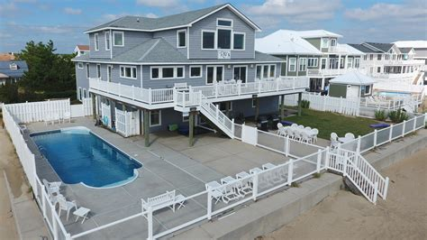 Virginia Cottage Rentals Oceanfront Oceanfront Views Pool House Rentals In Virginia Oceanfront