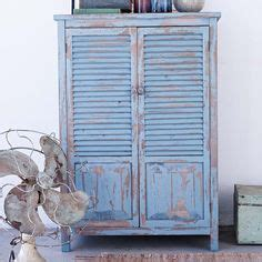 schrank blau 1000 images about into the blue on shops