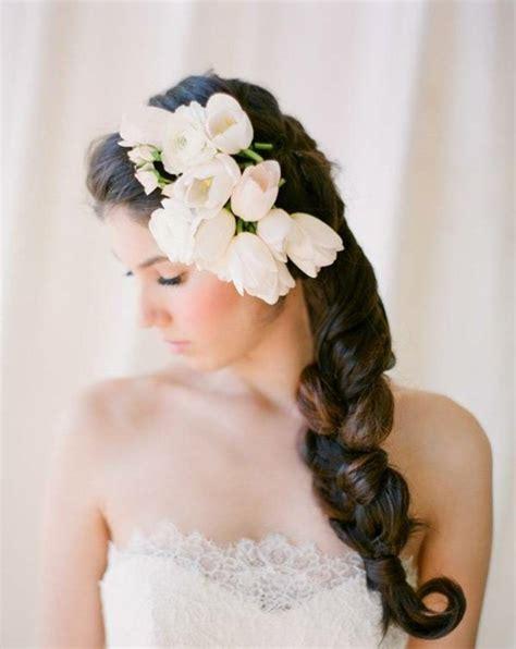 Hochzeitsfrisur Geflochten Blumen by Brautfrisur Geflochten Frisur Die Eleganz Und Klasse