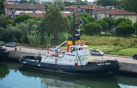 tug boat flags 17 best images about tugs on pinterest boats minis and